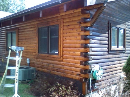 wood cleaner on log home